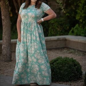 Mint Plus Maxi Dress